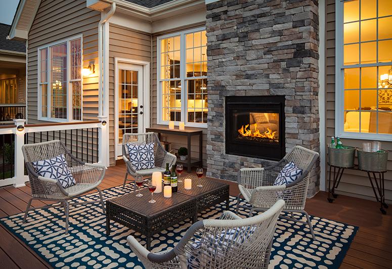 The Best Of Both Worlds Indoor Outdoor Fireplaces Heat Glo